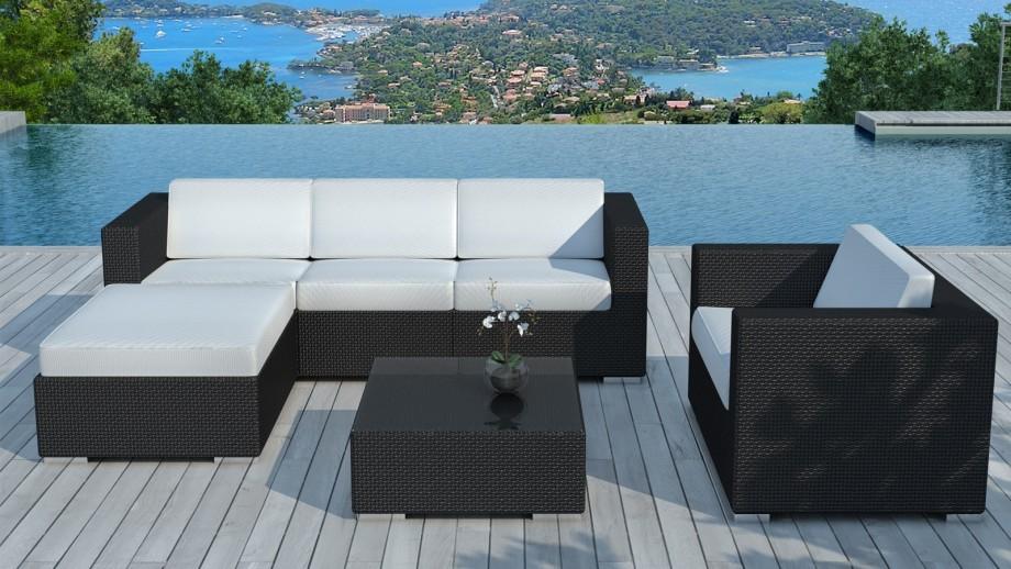 Salon de jardin en résine tressée noiree et coussins blanc écru - Collection Copacabana
