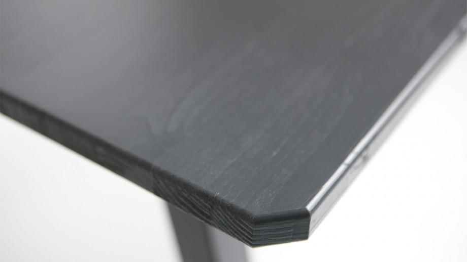 Table à manger plateau en bois noir piètement en métal noir - Collection Triomf - Woood