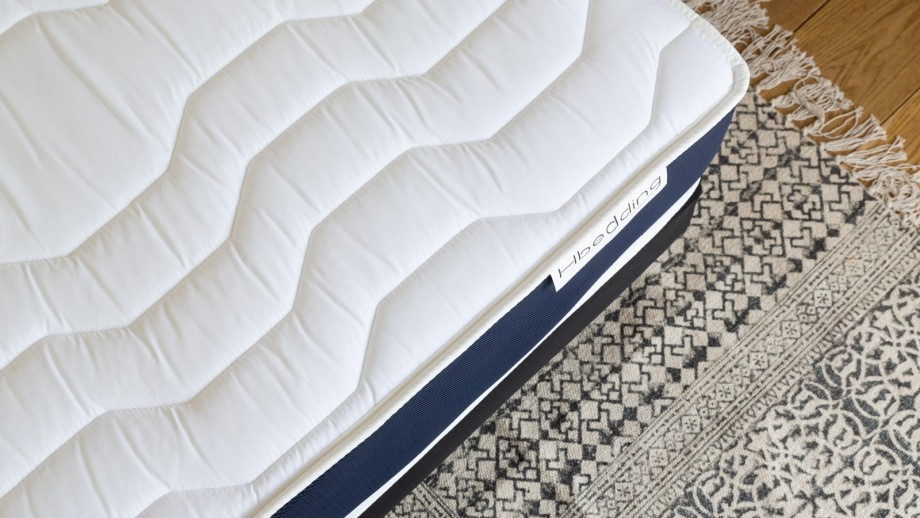 Matelas mousse à mémire de forme 160x200 Memory Fresh Hbedding + 2 oreillers à mémoire de forme 60x60cm