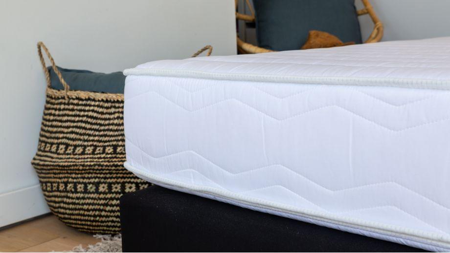 Matelas mousse haute densité 90x190 Confort Zen Hbedding + 1 oreiller à mémoire de forme 60x60cm