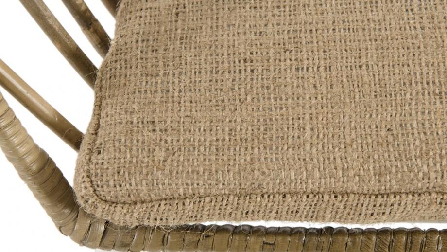 Fauteuil en rotin et kubu piètement en métal blanc - Collection Camilla