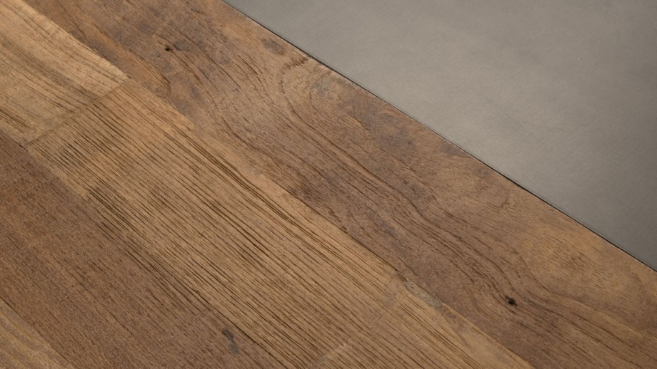 Table basse carrée 120x120cm en teck recylcé piètement métal noir - Collection Maxence