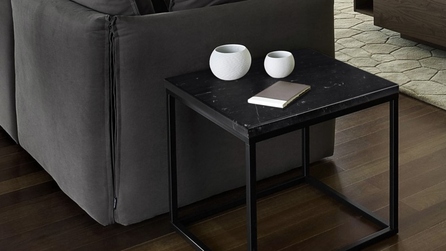 Table basse carrée en marbre noir piètement en métal noir - Collection Prairie - Temahome