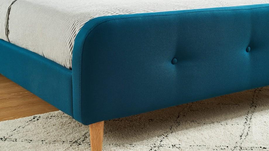 Lit adulte scandinave en tissu bleu canard capitonné, sommier à latte, 140x190 - Collection Mark