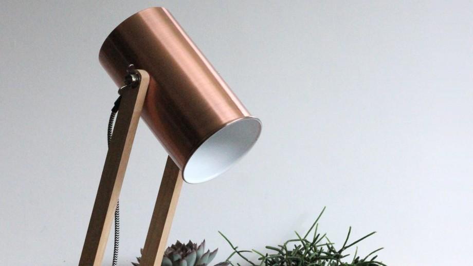 Lampe à poser en bois de pin et métal - Collection Baltic - Red Cartel