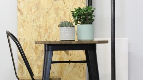 Table de bar 60 cm en acier et bois de pin noir mat - Collection Tucker - Red Cartel