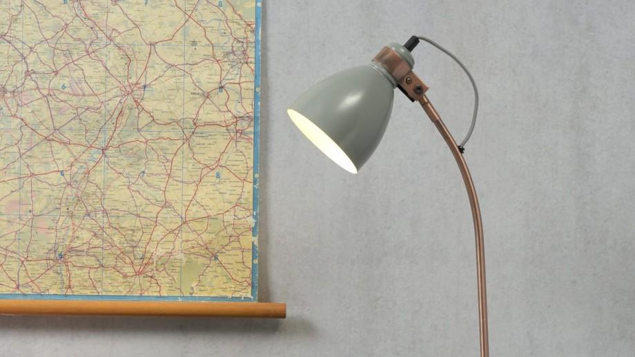 Lampe de bureau base en ciment structure en métal cuivré et menthe - Collection Denver - It's About Romi