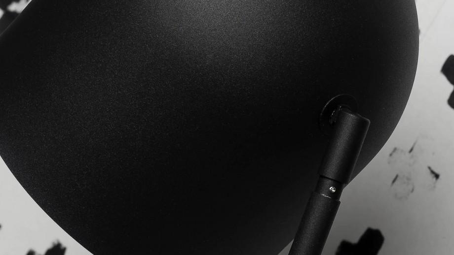 Lampadaire base en ciment abat jour en métal noir - Collection Madrid - It's About Romi