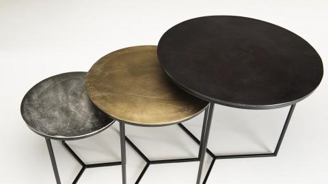 Set de 3 tables gigognes en aluminium noir doré argenté piètement métal - Collection Johan