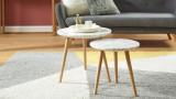 Lot de 2 tables basses rondes - 50 cm et 40 cm en marbre blanc et pieds en chêne - Collection Anna.