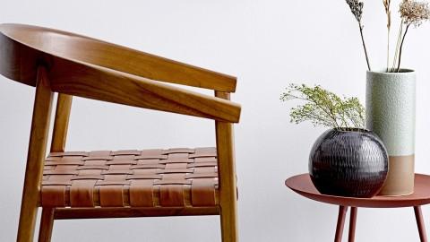 Chaise en bois assise en cuir - Collection Vitus - Bloomingville