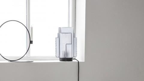 Lampe à poser en verre transparent et métal noir - Collection Blocks - House Doctor