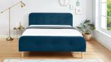 Lit adulte scandinave 160x200 en velours bleu paon avec tête de lit capitonnée et sommier à lattes inclus - Collection Mark