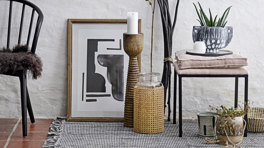 Tabouret en métal noir coussin en velours beige - Collection Tammy - Bloomingville