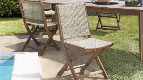 Lot de 2 chaises de jardin pliantes en rotin synthétique et acacia - Collection Victor