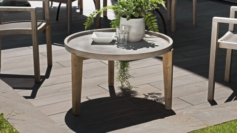 Table d'appoint de jardin ronde 80cm en béton piètement en acacia - Victor