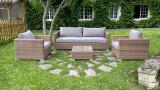 Salon de jardin 5 places en résine tressée couleur naturelle coussins en tissu gris - Collection Ratino