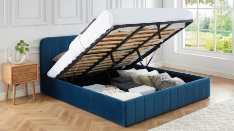 Lit coffre 180x200cm en velours bleu canard avec tête de lit + sommier à lattes - Collection Ava - ELLE DÉCORATION