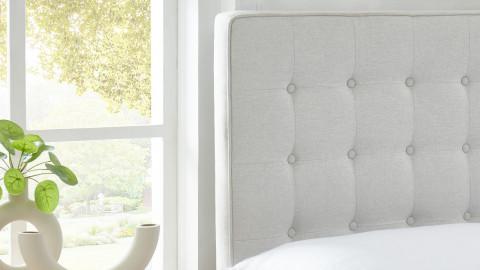 Lit adulte scandinave en tissu effet lin beige, sommier à lattes, 140x190 - Collection Marie - ELLE DÉCORATION