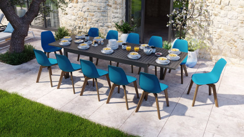 Ensemble table de jardin extensible 8 à 12 personnes noire Owen + 12 chaises scandinaves bleues avec pieds en bois massif Suzy