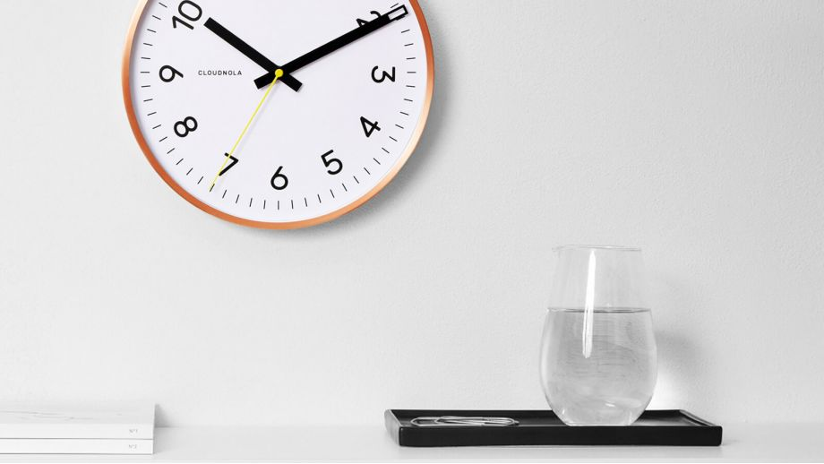 Horloge blanche et cadre cuivre – Collection Now – Cloudnola