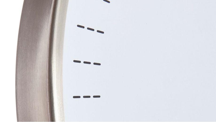 Horloge blanche et contour chromé– Collection Objective – Cloudnola