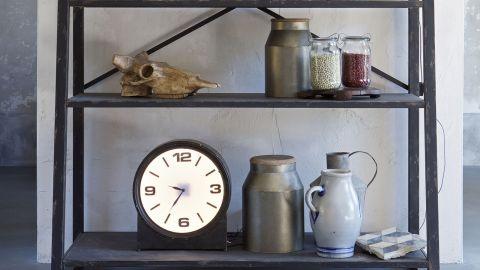 Horloge en métal noir – Collection Ageless