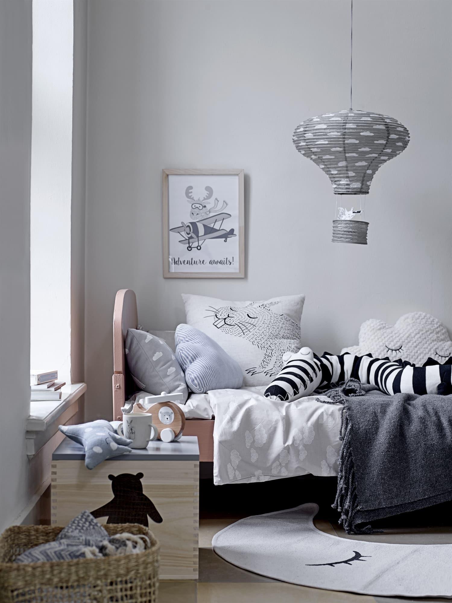 lit avec tête de lit et lattes de la marque Hbedding chez Homifab
