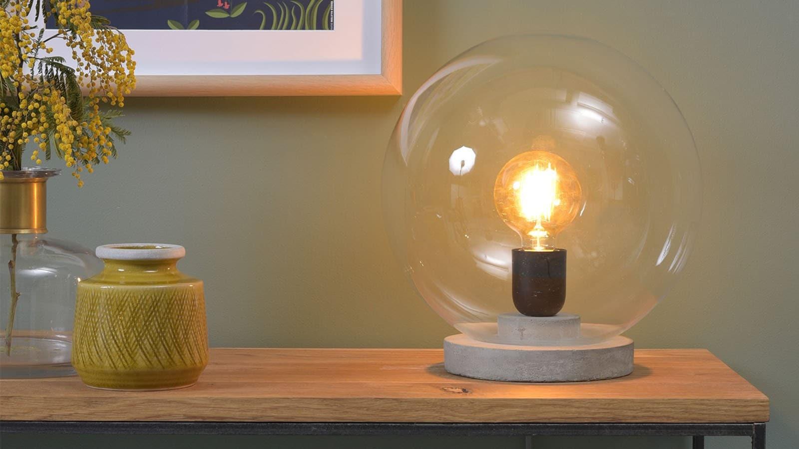 Lampe à poser en verre collection Warsaw chez Homifab