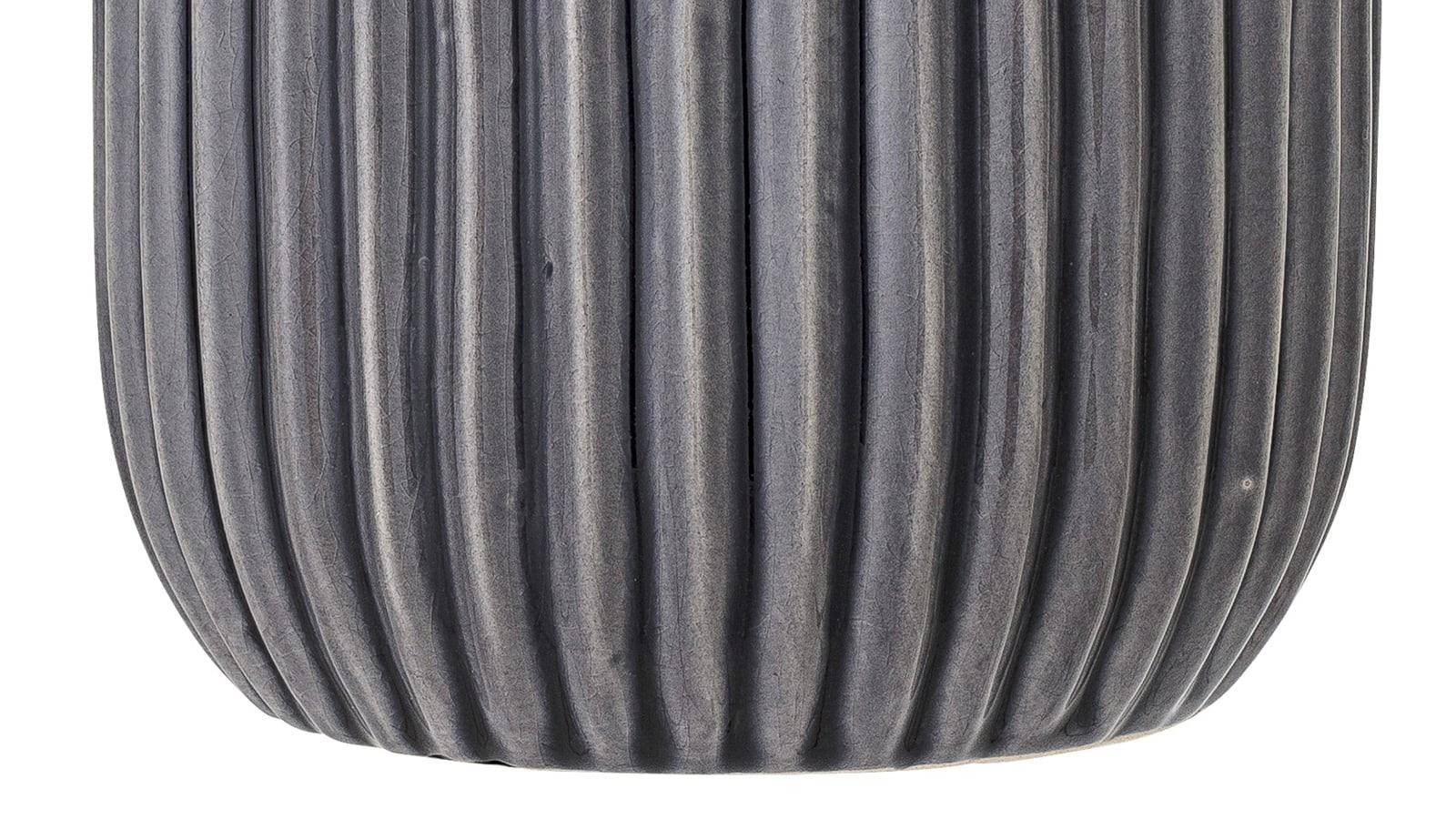 pot de fleurs en grès gris