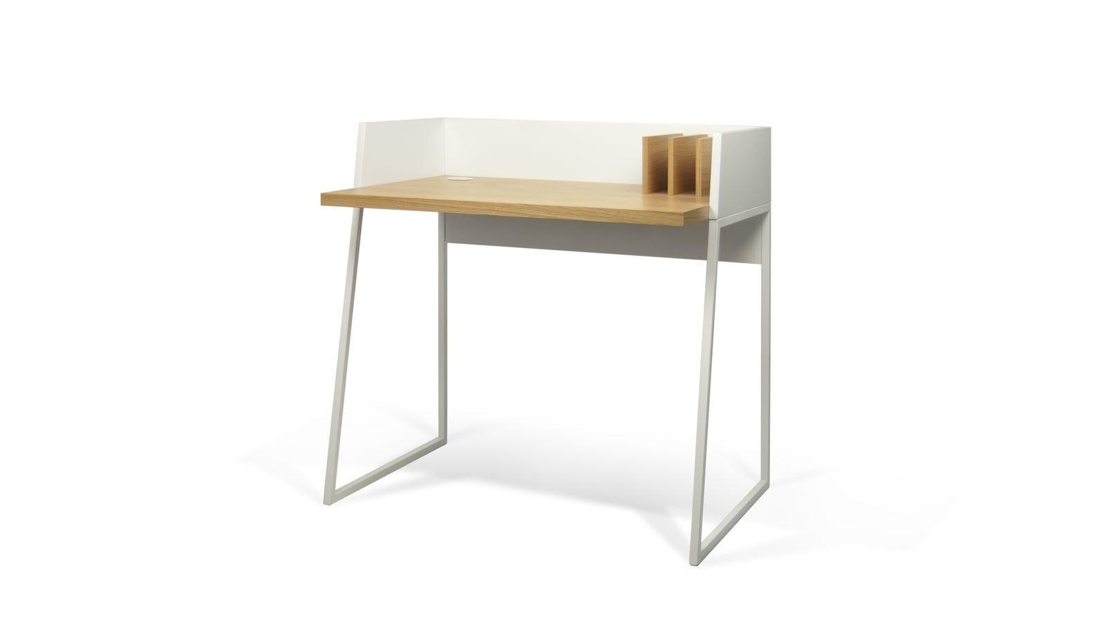 bureau en bois blanc et clair